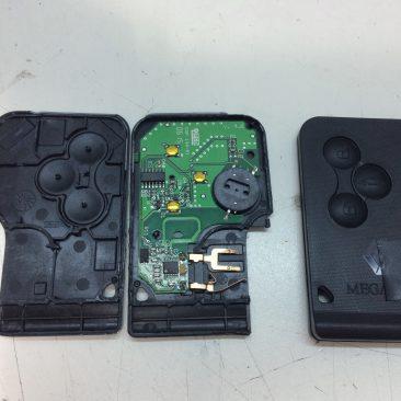 Reparat telecomenzi auto/ Inlocuit baterii
